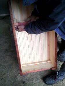 Bienenkiste einrichten für den Erstbezug
