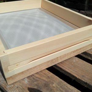 Hoher Zander Gitterboden der Einfachbeute maximaler Flugschlitz