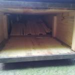 Abgewinkelter Brutraum durch nicht fest arretierte Bauleisten