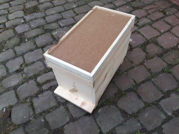 Isolierdeckel auf Zander Ablegerkasten